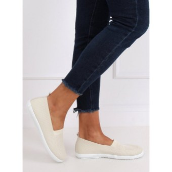25 Recommended Best Slip on Shoes for Women Newest 2021 05
