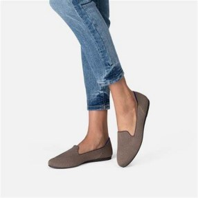 25 Recommended Best Slip on Shoes for Women Newest 2021 27