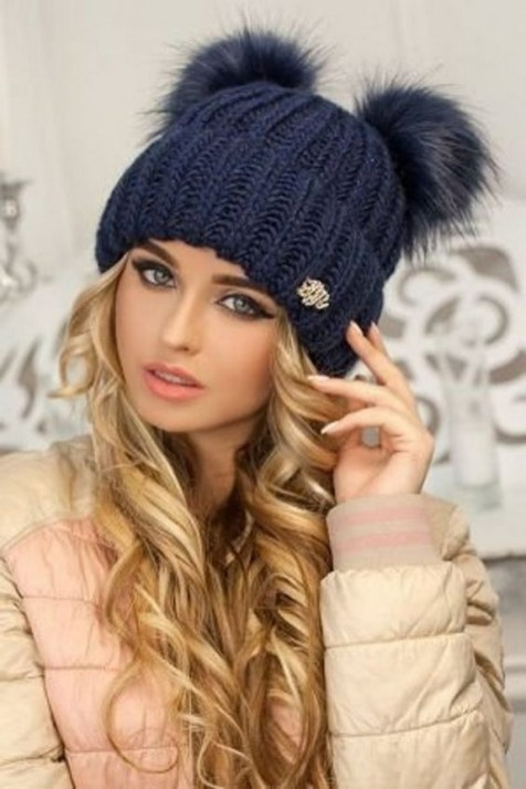 30 Best Warm Winter Hats for Women02