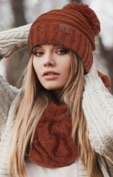 30 Best Warm Winter Hats for Women19
