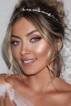 35 Inspirations Makeup Wedding For Blue Eyes 03