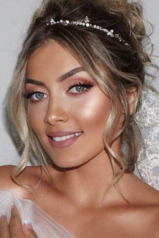 35 Inspirations Makeup Wedding For Blue Eyes 21