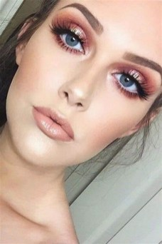 35 Inspirations Makeup Wedding For Blue Eyes 29