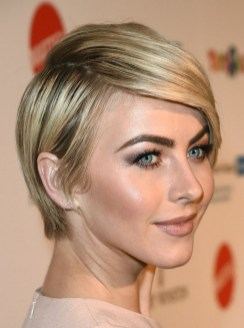 40 Beautiful short hairstyle Ideas for 2021 13