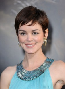 40 Beautiful short hairstyle Ideas for 2021 29