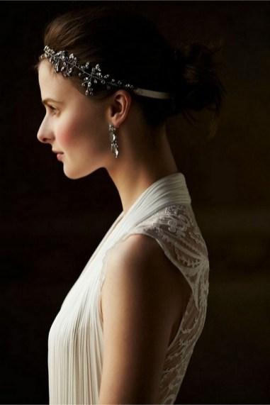 40 How Elegant Wedding Hair Accessories Ideas 12