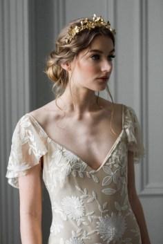 40 How Elegant Wedding Hair Accessories Ideas 24