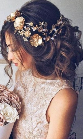 40 How Elegant Wedding Hair Accessories Ideas 33