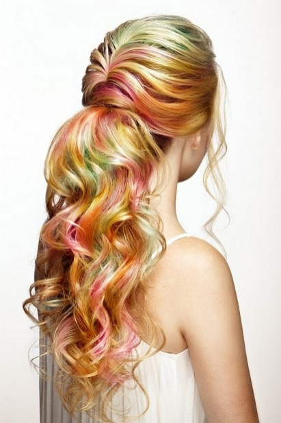 50 Best Peek A Boo Hair Color Ideas 47