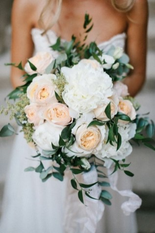 Best Romantic Peony Wedding Bouquet Inspiration 05