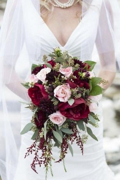 Best Romantic Peony Wedding Bouquet Inspiration 25