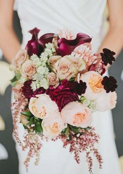 Best Romantic Peony Wedding Bouquet Inspiration 30