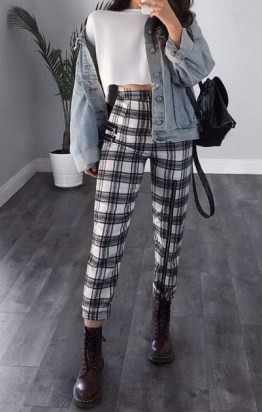 Aesthetic Outfits Ideas for Women stylish 11