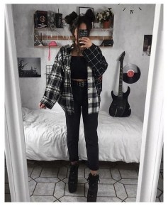 Aesthetic Outfits Ideas for Women stylish 23