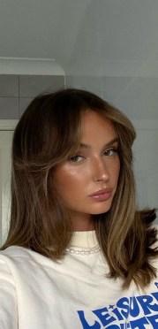 Curtain Bangs Hair Styles Ideas 25