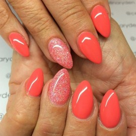 Inspiring Almond Shaped Nail for Girls 12