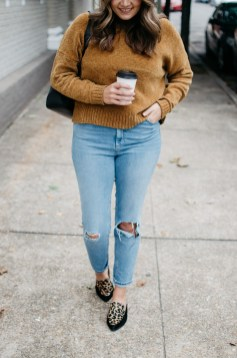 Mom Jeans Outfits Ideas for 2021 45