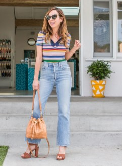 Mom Jeans Outfits Ideas for 2021 49