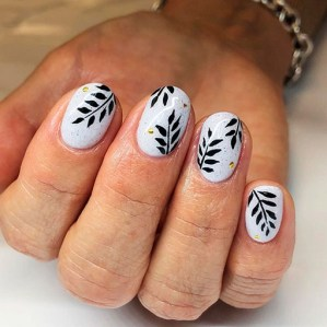 Spring Nail art Design and Colors Ideas For 2021 27