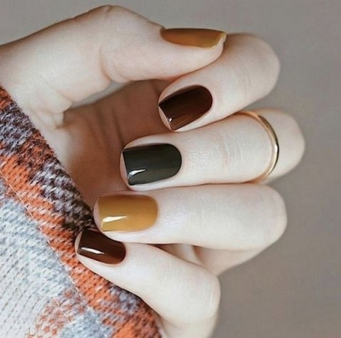 20 Adorable Fall Nail Art Ideas 21