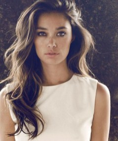 20 Long Wavy Hairstyles The Envy of Most Women 02