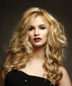 20 Long Wavy Hairstyles The Envy of Most Women 04