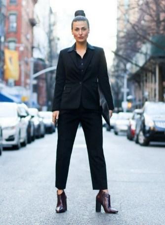 30 Stylish fall boots women outfit ideas 12