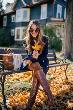 30 Stylish fall boots women outfit ideas 18