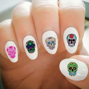 50 Cute Halloween Nail Art You Will Love 33