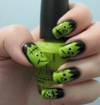 50 Cute Halloween Nail Art You Will Love 59