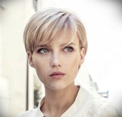 60 Dare to be Sexy with Short Hairstyle Look 10