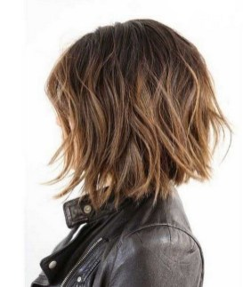 60 Dare to be Sexy with Short Hairstyle Look 20