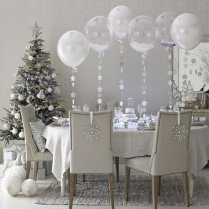 70 Catchy Silver and Gold Christmas Trees Decor You Need to See 9