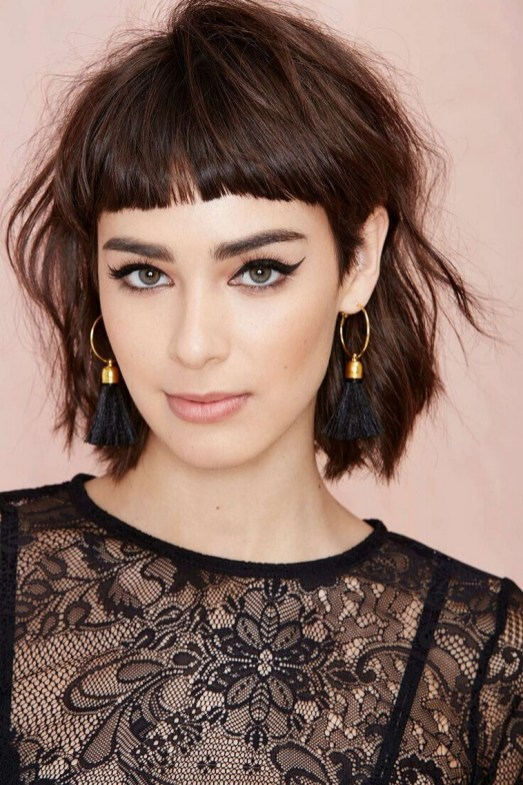 100 Ways to Look Younger with Stylish Bang Hairstyles 42