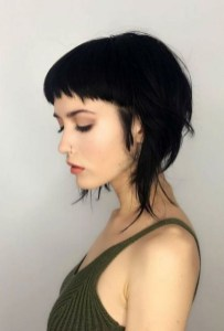 100 Ways to Look Younger with Stylish Bang Hairstyles 77