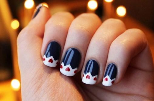 25 Fun Winter Nail Design Ideas 11