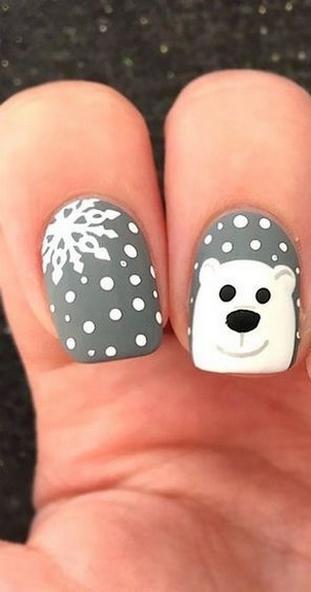 25 Fun Winter Nail Design Ideas 32
