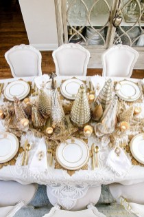 50 How to Arrange a Dining Table for Christmas Occasion 14