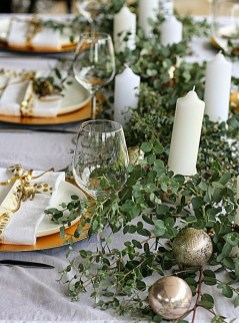 50 How to Arrange a Dining Table for Christmas Occasion 24