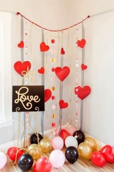 50 Romantic Valentines Party Decoration You Need to See 26