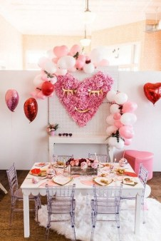 50 Romantic Valentines Party Decoration You Need to See 29