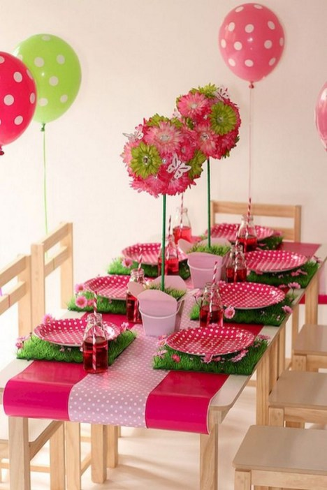 50 Romantic Valentines Party Decoration You Need to See 33