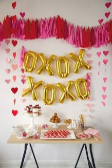 50 Romantic Valentines Party Decoration You Need to See 34