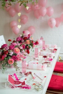 50 Romantic Valentines Party Decoration You Need to See 35