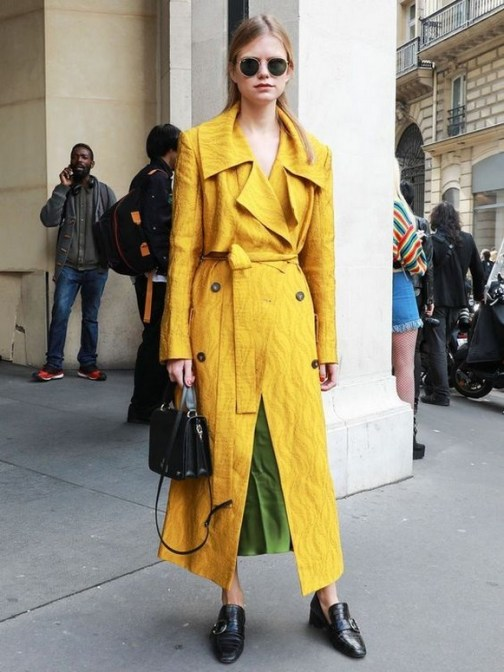 60 Adorable Yellow Outfit for Winter 42