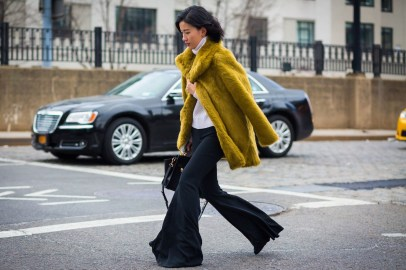 60 Adorable Yellow Outfit for Winter 46