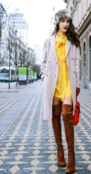 60 Adorable Yellow Outfit for Winter 58