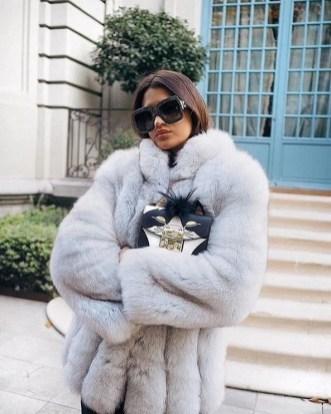 80 Fashionable Women Faux Fur Coats Look 40