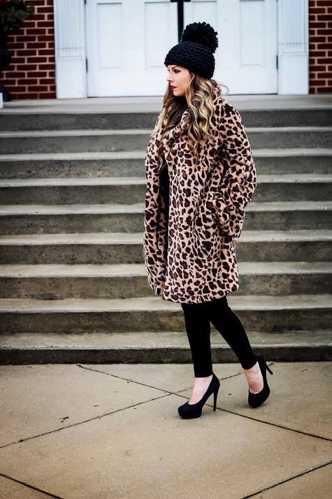 80 Fashionable Women Faux Fur Coats Look 88