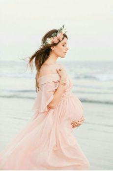 80 Outdoor Maternity Photoshoot Ideas 70